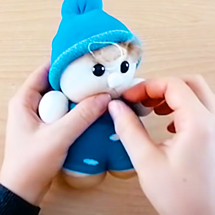 How To Make A Sock Doll - DIY Sock Doll - Handmade Toy Ideas