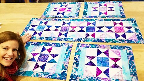 Charm Pack Table Runner And Placemats With Free Pattern | DIY Joy Projects and Crafts Ideas