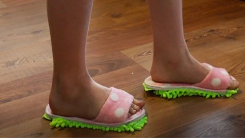 Dollar Tree DIY Mop Slippers | DIY Joy Projects and Crafts Ideas