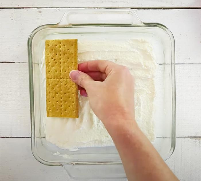 How To Make Strawberry Icebox Cake - Vintage Cake Recipes - Retro Cake Recipes