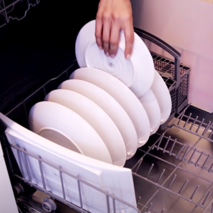 How To Load A Dishwasher - Dishwasher Tips - Easy Way To Do Dishes