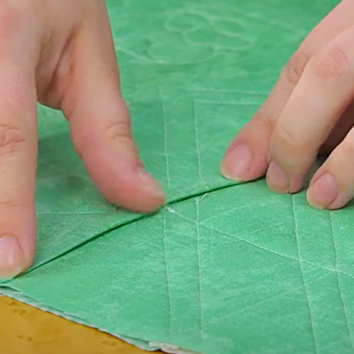 How To Join Quilt Blocks - Quilt As You Go - Easy Quilting Ideas