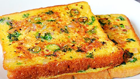 Spicy Bread Omelette Toast Recipe | DIY Joy Projects and Crafts Ideas