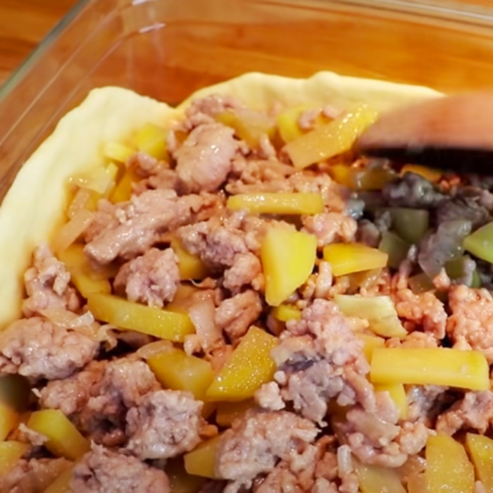 Meat And Potatoes Recipe - How To Make Potato Pockets - Easy Potato Recipe
