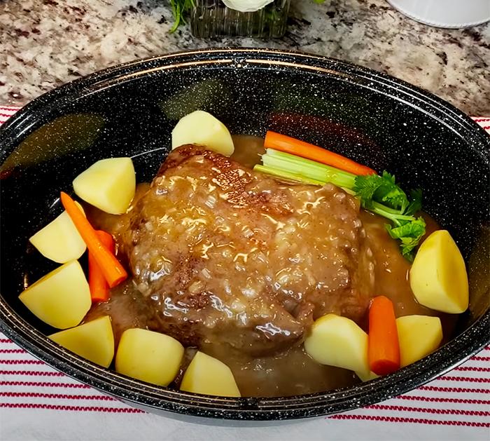 Easy POT ROAST Recipe | How To Make Pot Roast | Pot Roast and Gravy