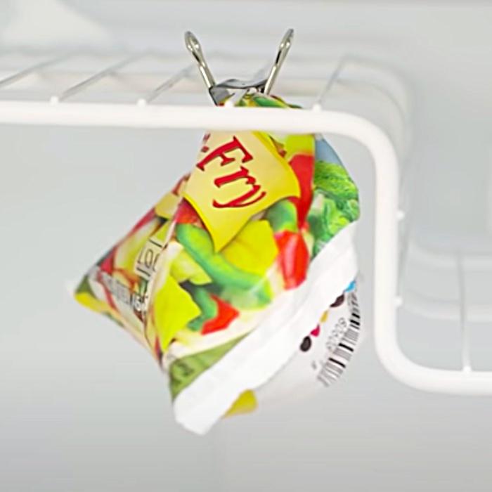 Binder Clip Freezer Ideas - DIY Freezer Organization - How To Organize A Freezer