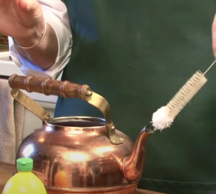 How To restore tea kettle pot - how to clean a kettle pot - Natural way to clean tea pot