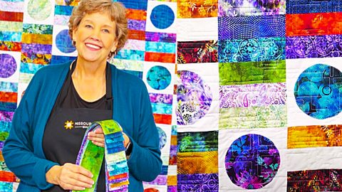 Solar Flare Quilt With Jenny Doan | DIY Joy Projects and Crafts Ideas