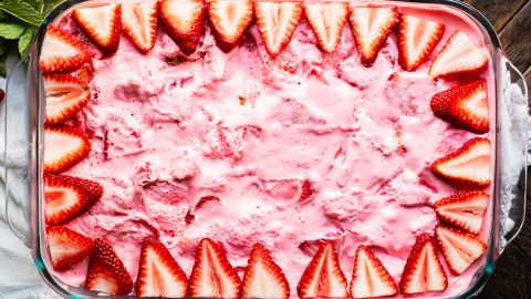 Strawberry Angel Food Dessert Recipe | DIY Joy Projects and Crafts Ideas