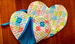How To Make A Heart-Shaped Oven Mitts