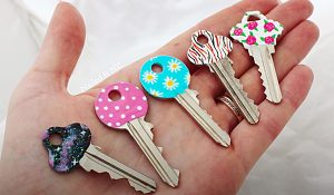 How To Identify Keys Easily Using Nail Polish