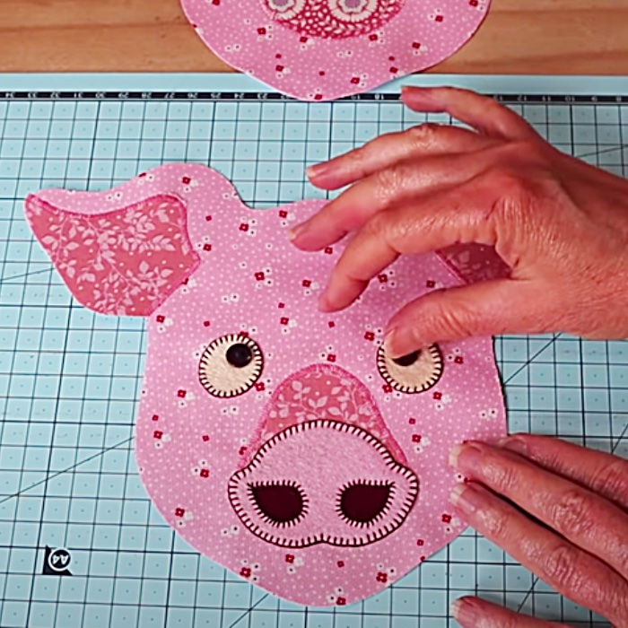 Patchwork Pig Pattern - Pig Collectors - How To make A Toy Pig