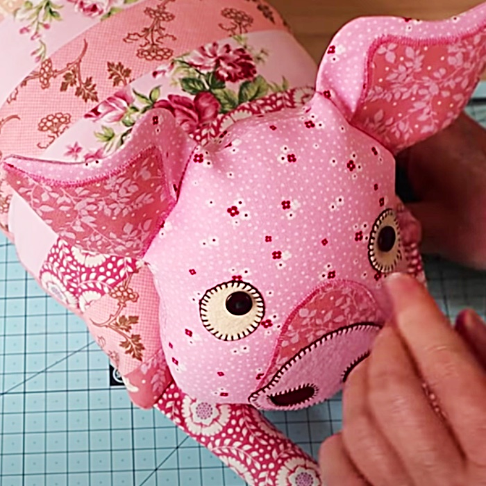 Easy Sewing Pattern - Free Sewing Pattern - How To Sew A Stuffed Animal