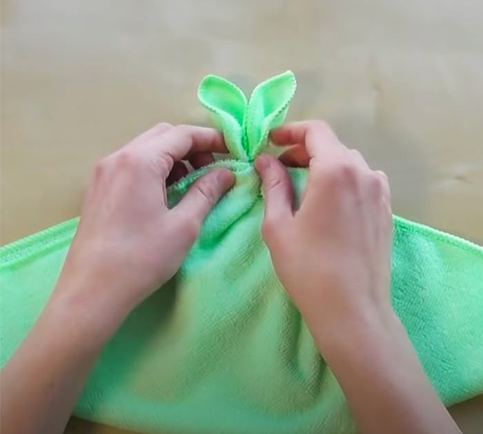 How To Make Easter Towel Bunny - DIY Towel Decor - Upcycled and Repurpose Crafts