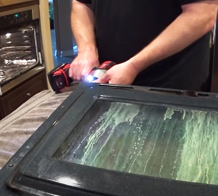 Clean BETWEEN Oven Glass - How to - Kitchen Cleaning Tips and Tricks
