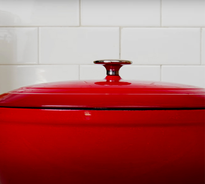 Kitchen Cleaning Tips and Tricks - Stain Removal Off Pots and Pans