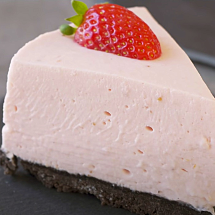 No Bake Strawberry Cheesecake Recipe - Easy Cheesecake Ideas - How To Make A No Bake Cheesecake