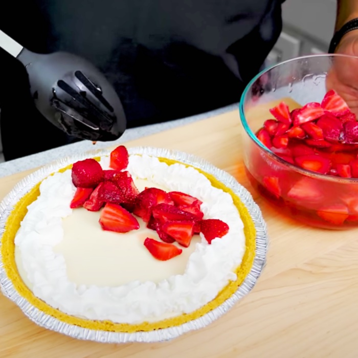 Dessert Ideas - Pie Ideas - Strawberry Recipes - How To Cook With Strawberries