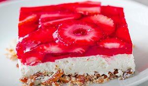 Strawberry Pretzel Salad Bars Recipe
