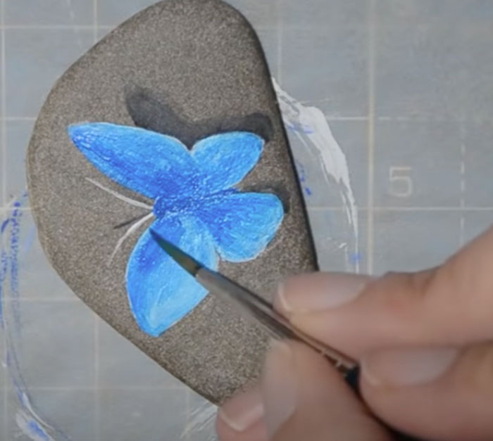 Butterfly Rock Painting - Easy Rock Painting