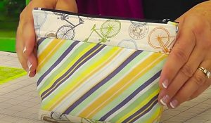 How To Make Zipper Pouch With Jenny Doan