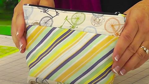 How To Make Zipper Pouch With Jenny Doan   DIY Joy Projects and Crafts Ideas