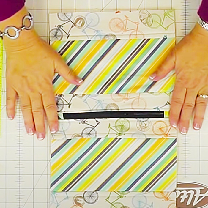 How To Make a Zipper Pouch - Sewing Project With Jenny Doan - Easy Makeup Zipper Case