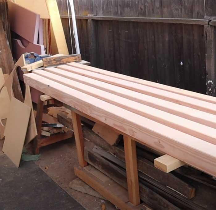 Easy Cinderblock Bench For Patio - DIY Cinderblock Bench