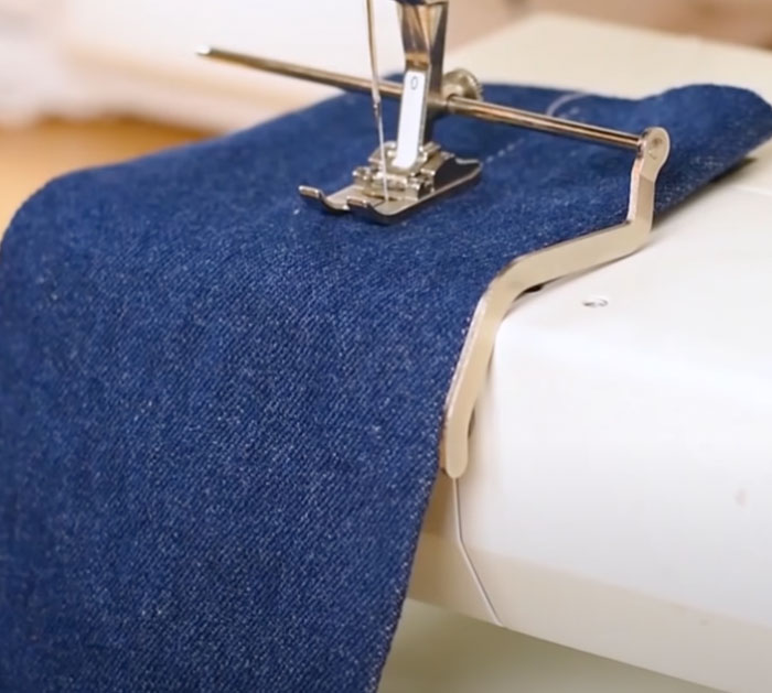 Quilting Foot For Alterations - Sewing Hacks