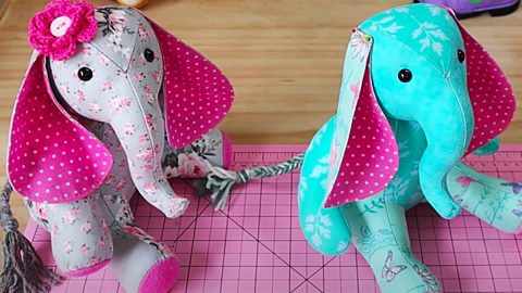 How To Make A Patchwork Elephant With Free Pattern | DIY Joy Projects and Crafts Ideas