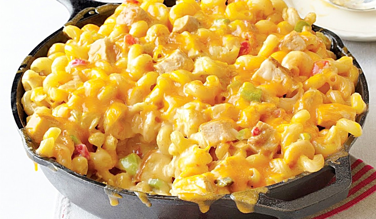 King Ranch Mac And Cheese Recipe - How To Make Mac And Cheese With Chicken - Easy Way To Make Mac And Cheese