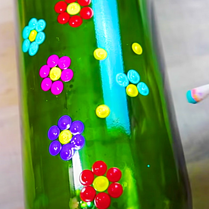 Fun Craft Projects - Cheap Recycled Crafts - Easy Mandala Bottle Project