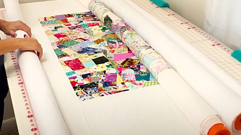 How To Baste A Quilt Using Pool Noodles | DIY Joy Projects and Crafts Ideas