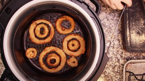 The Best Air Fryer Onion Rings | DIY Joy Projects and Crafts Ideas