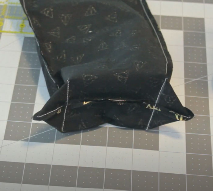 Boxed Car Trash Can - Easy Sewing Project