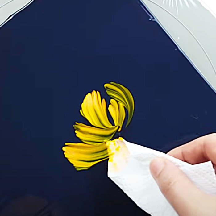 How To Paint Chrysanthemums With Tissue Paper - Easy Art Ideas - How To Paint