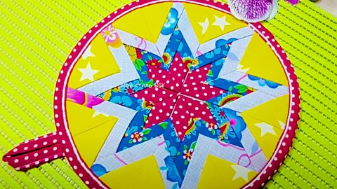 Turn Circles Into Patchwork Potholders   DIY Joy Projects and Crafts Ideas