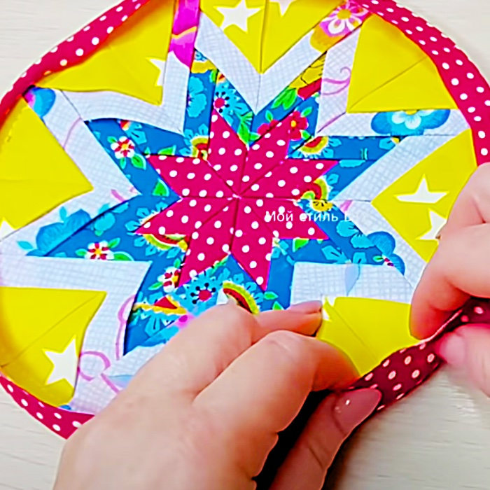 How To Make Circles Potholders - How To Turn Circles Into Pot Holders - DIY Patchwork Potholder