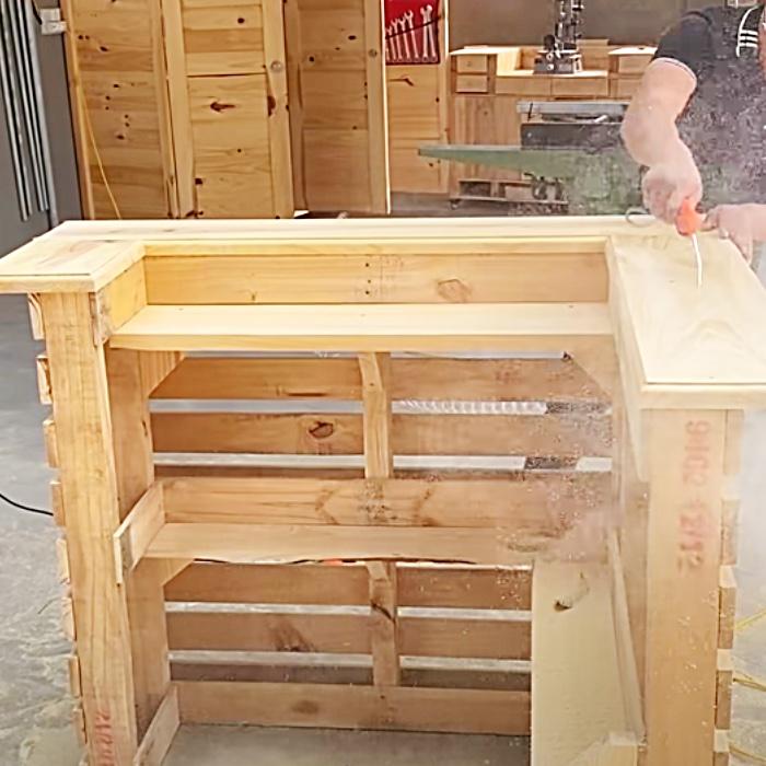 Easy Bar Ideas - DIY Patio Furniture - Outdoor Bar Project