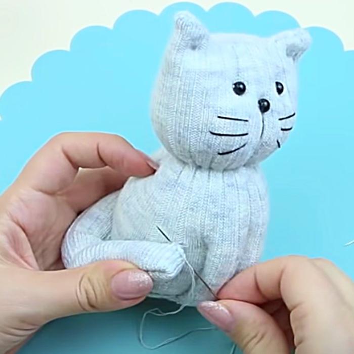 DIY Sock Toy - Free Sock To Pattern - Easy Sock Toy Pattern - DIY Cat