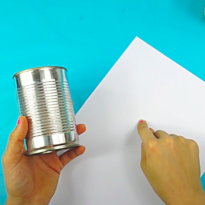 Tin Can Project Ideas - Recycled Crafts - DIY Desk Organizers