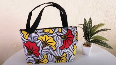 DIY Wide Bottom Tote Bag With One Piece Of Fabric | DIY Joy Projects and Crafts Ideas