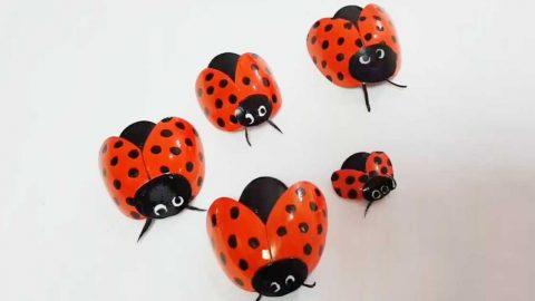 Garden Lady Bugs DIY With Plastic Spoons   DIY Joy Projects and Crafts Ideas