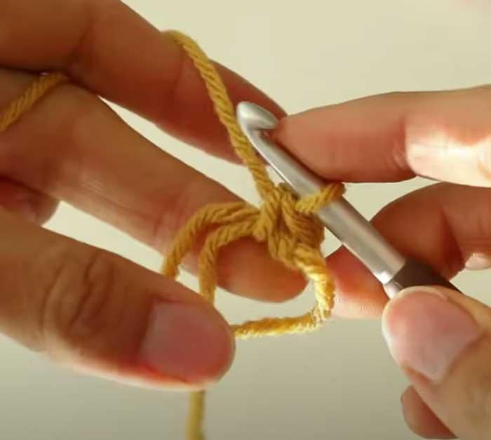 Daisy Granny Square - Crochet Pattern
