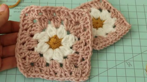 Daisy Granny Crochet Square Pattern   DIY Joy Projects and Crafts Ideas