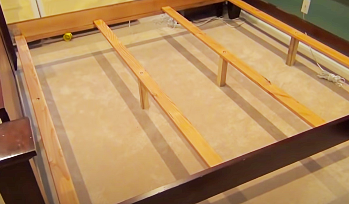 How To Fix A Squeaky Bed - Squeaky Bed Fix - Homme Improvement Ideas