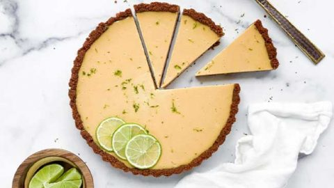 No-Bake Key Lime Cheesecake | DIY Joy Projects and Crafts Ideas