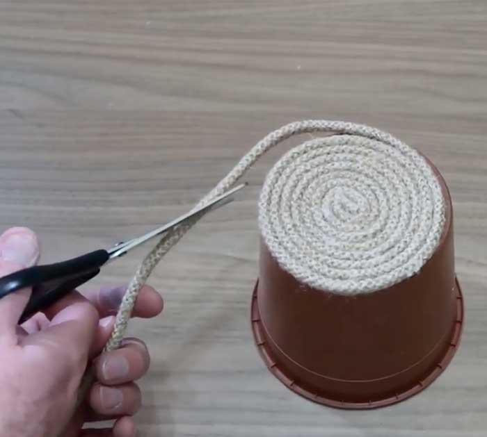 DIY Houseplant Pot - Rope Covered Pot