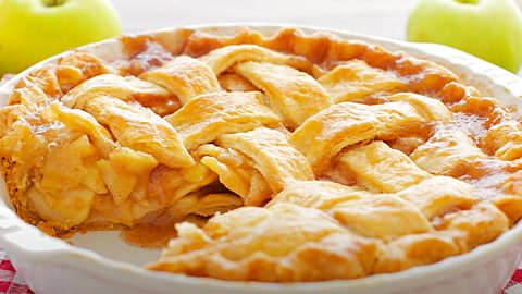 Easy Homemade Apple Pie Recipe | DIY Joy Projects and Crafts Ideas