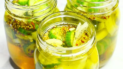 Bread and Butter Refrigerator Pickles Recipe | DIY Joy Projects and Crafts Ideas